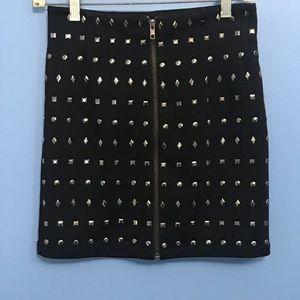Forever 21 Skirts - Forever 21 Grommet Zipper Skirt